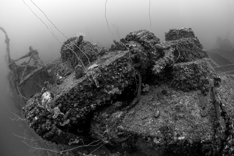 Truk Lagoon 2014 069 0302b San Francisco Maru foredeck tanks.jpg