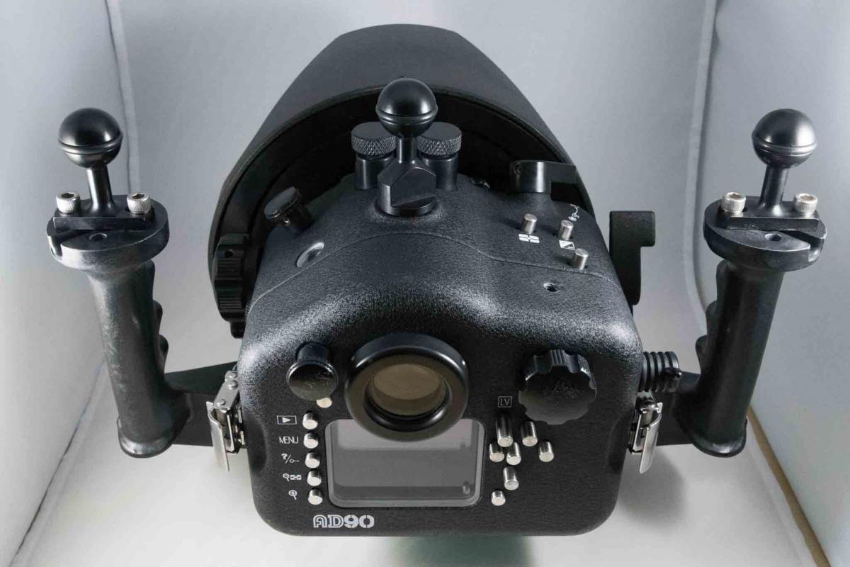 Aquatica D90-2-2.jpg
