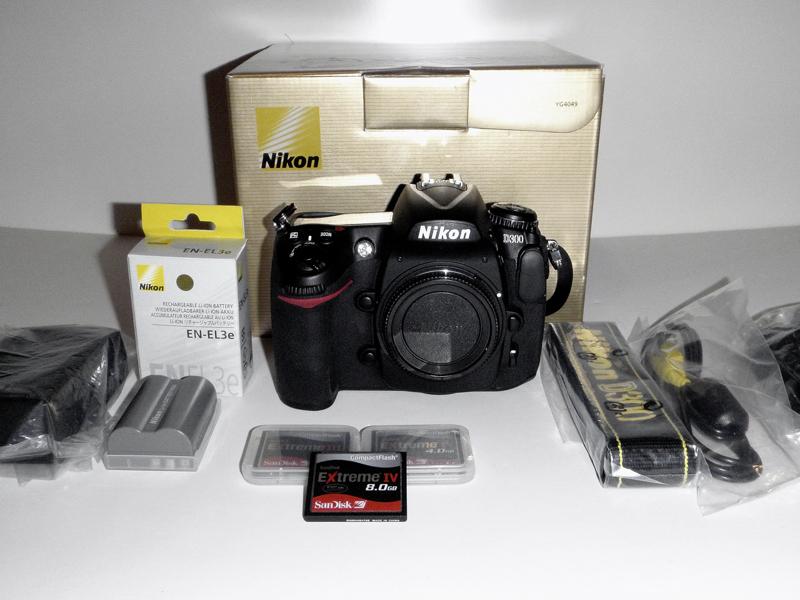 Nikon_D3001.jpg