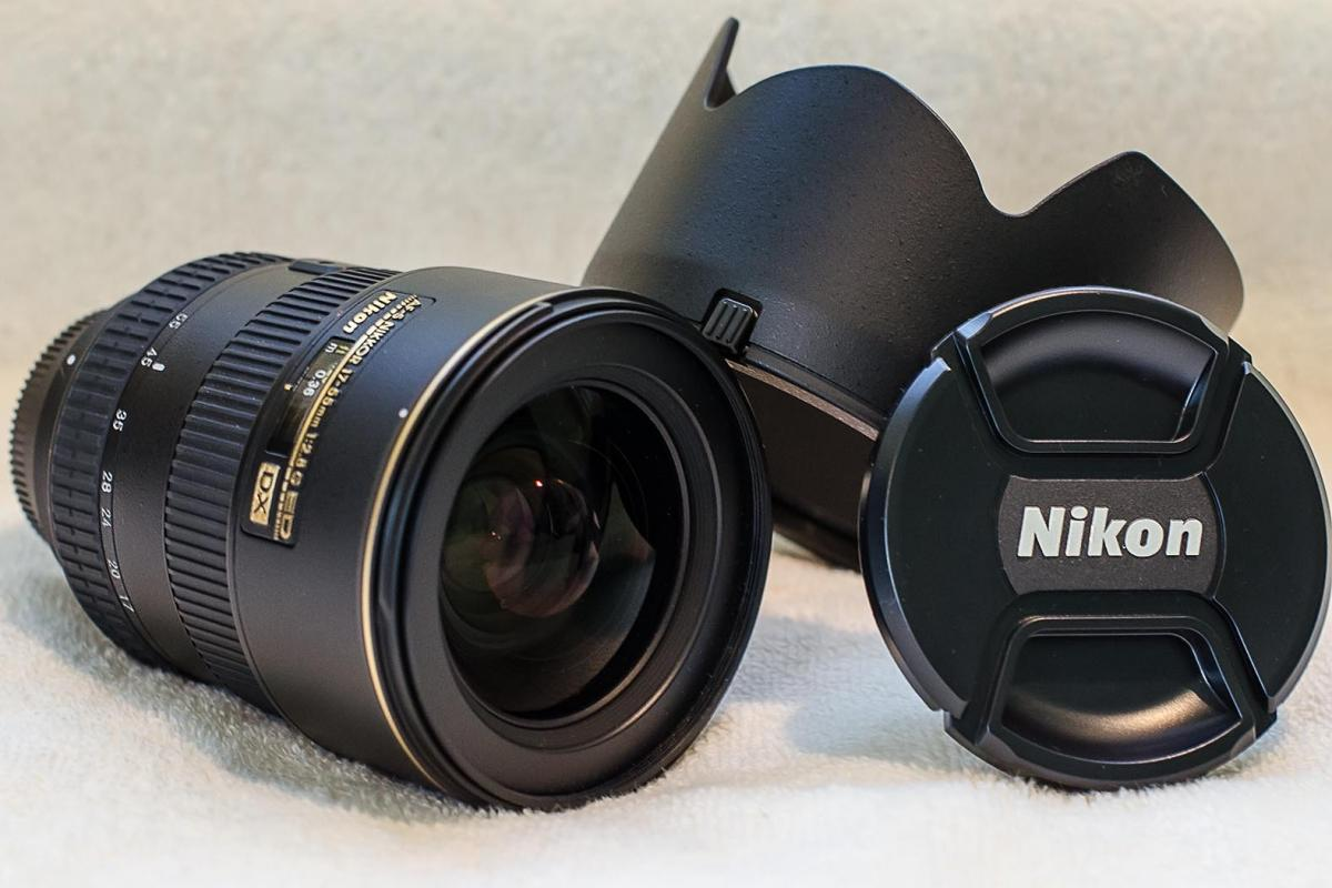 Lens, Hood, Cap.jpg