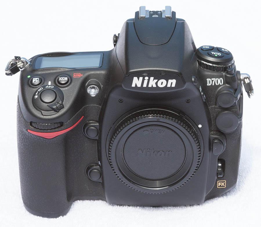 D700_front.jpg