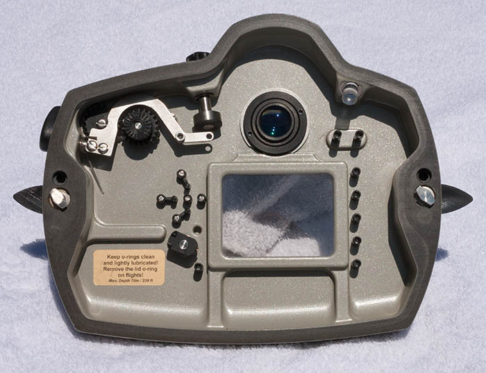 ND700_inside_back.jpg