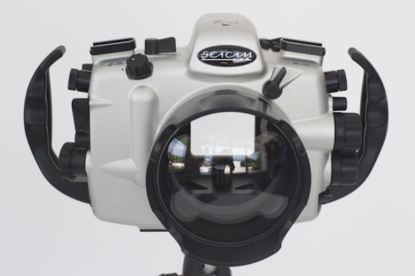 D800_front.jpg