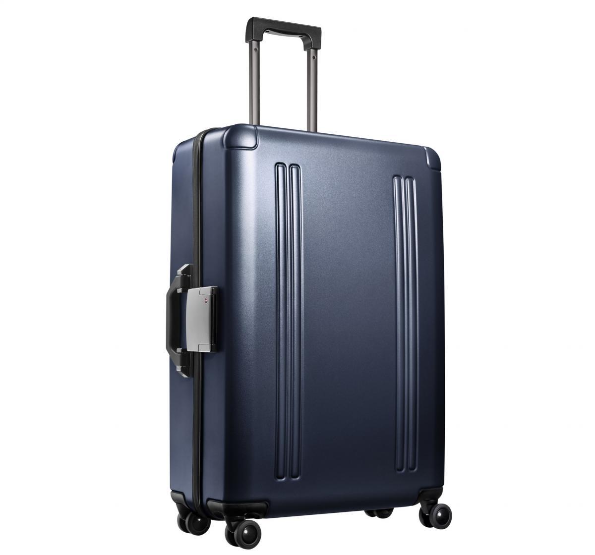 zero_halliburton_zro_polycarbonate_lightweight_luggage_ZRO28-GM_2048x.jpg