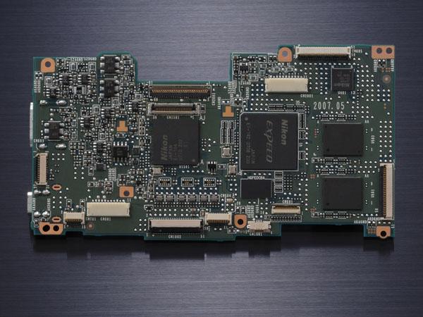 1249959056_D300_chip.jpg