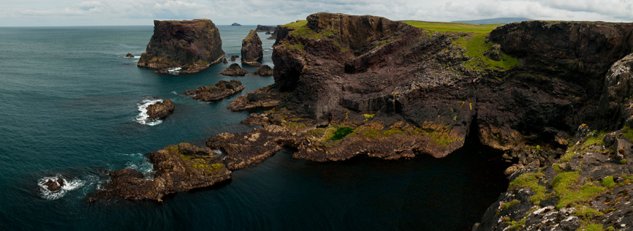 Shetland_2011_45_Eshaness_panorama_05_Moo_stack.jpg