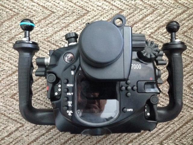 Back NA-D7000.jpg