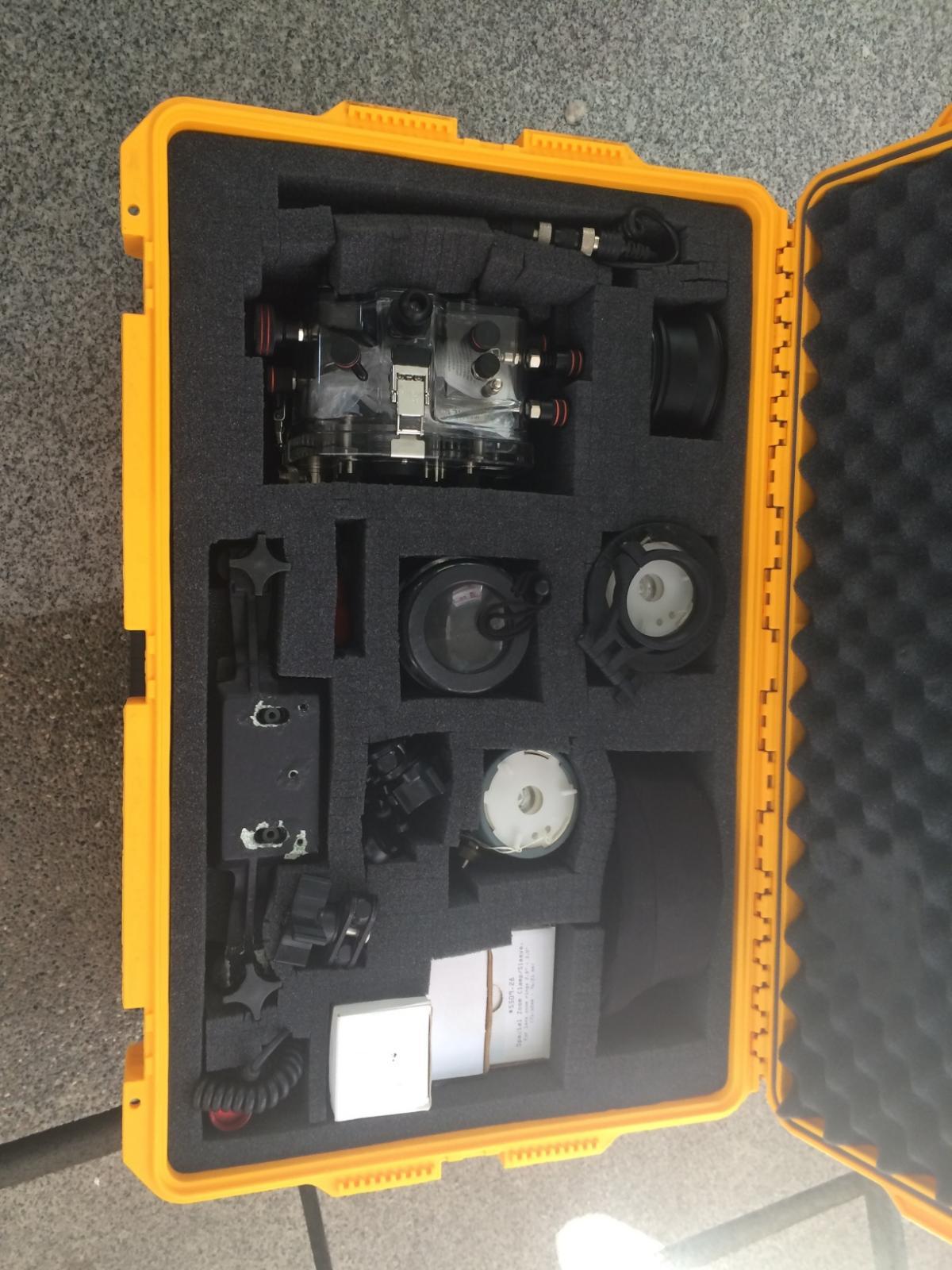 camera 2099.jpg