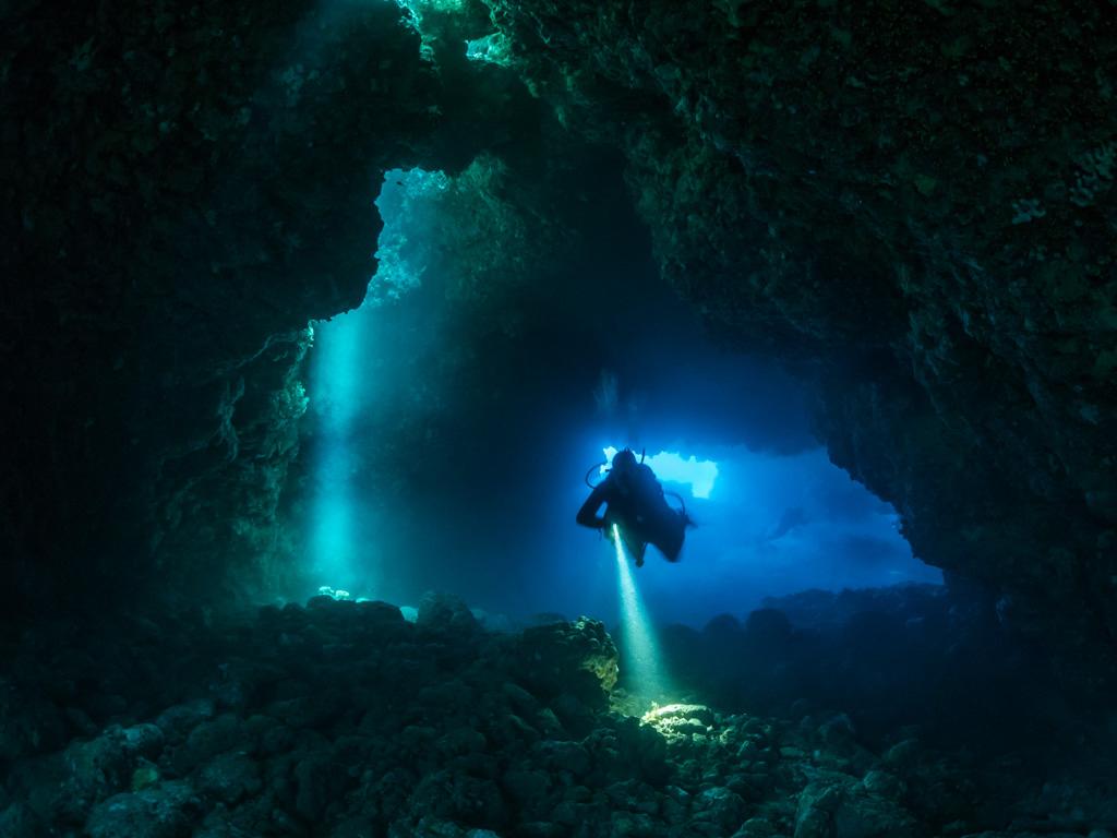 Cave1_#1.jpg