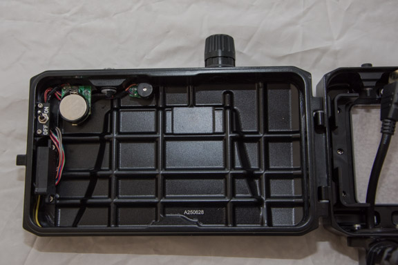 Nauticam_SmallHD_Housing_003.jpg