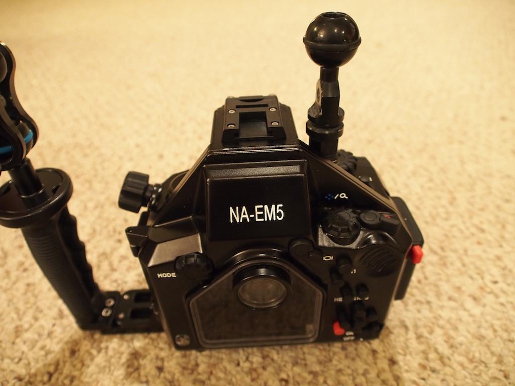 NA-EM5 strobe mounts 3.jpg