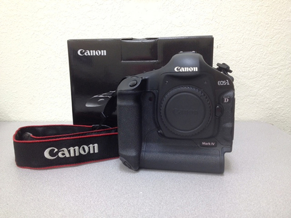 canon eos 1dmkIV camera w box.jpg