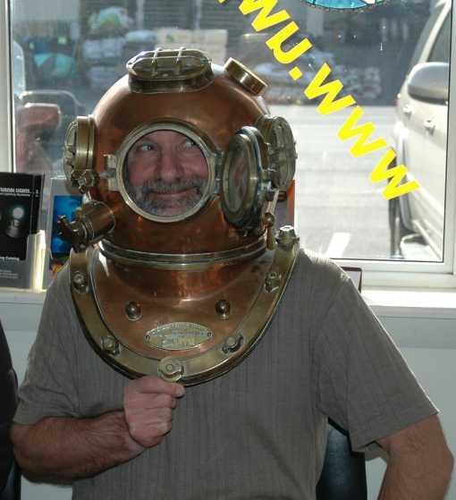 Dave_Helmet_2.jpg