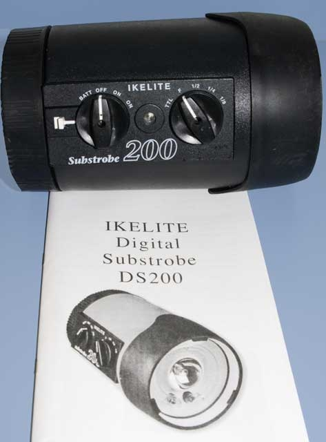 DS200_Strobe_with__manual.JPG