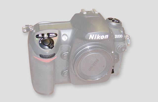 Nikon_D200_contols_3_small.jpg