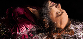 Underwater portraits of Shakespeare actors Photo