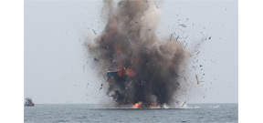 Indonesia blows up 23 foreign fishing vessels Photo