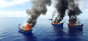 Palau sinks poacher's vessels Photo