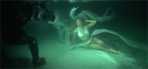From underwater model to underwater photographer Photo