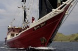 Liveaboard auction to aid Oxfam disaster relief for Asia/Pacific area Photo