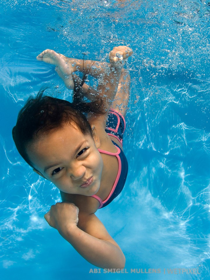 Show us those underwater muscles!