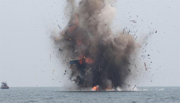 Взорваны 23 рыболовных судна