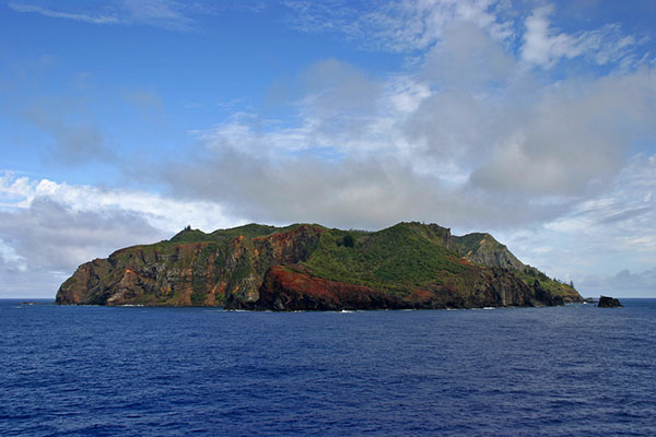 Pitcairn islands protection on Wetpixel